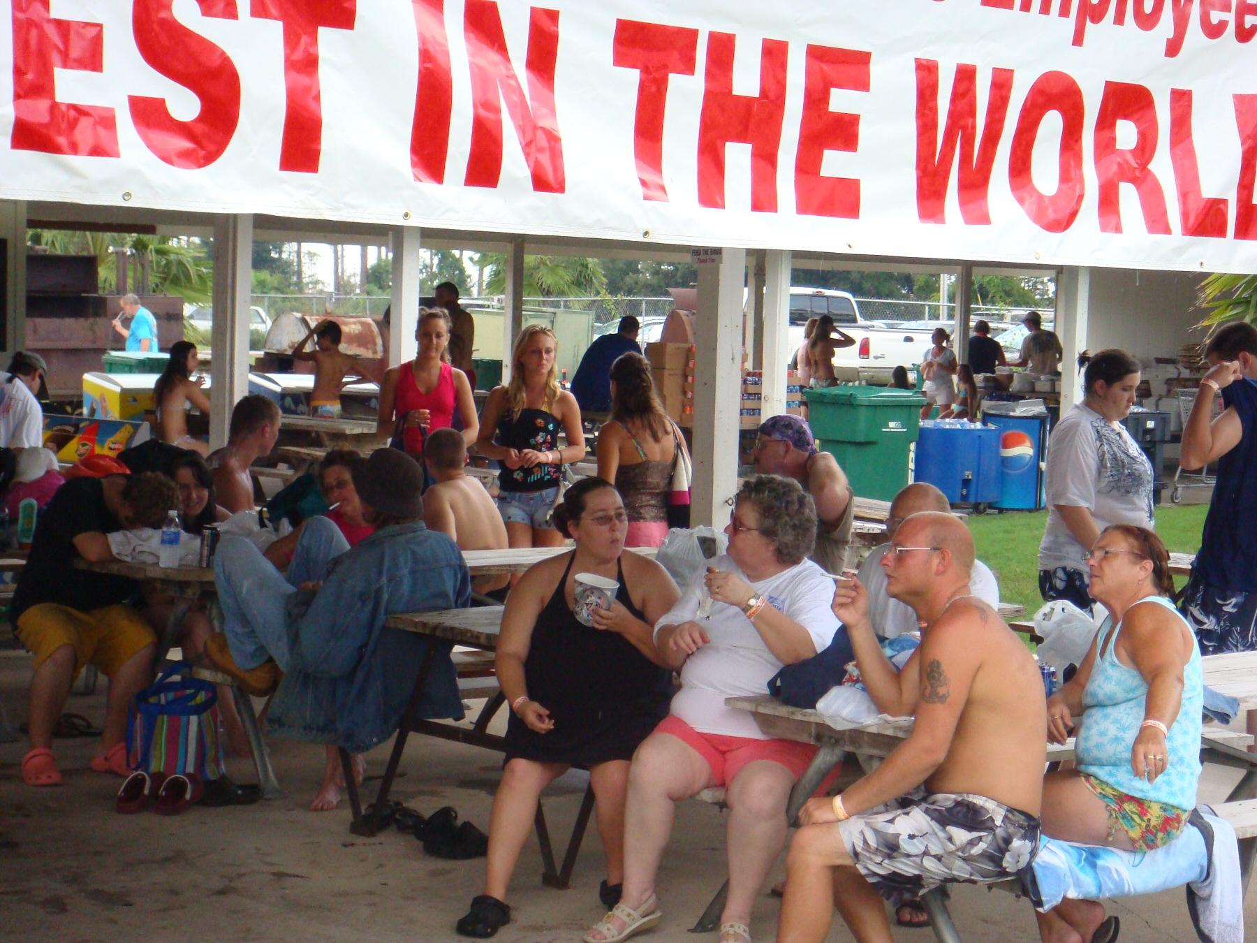 OOH employees at picnic