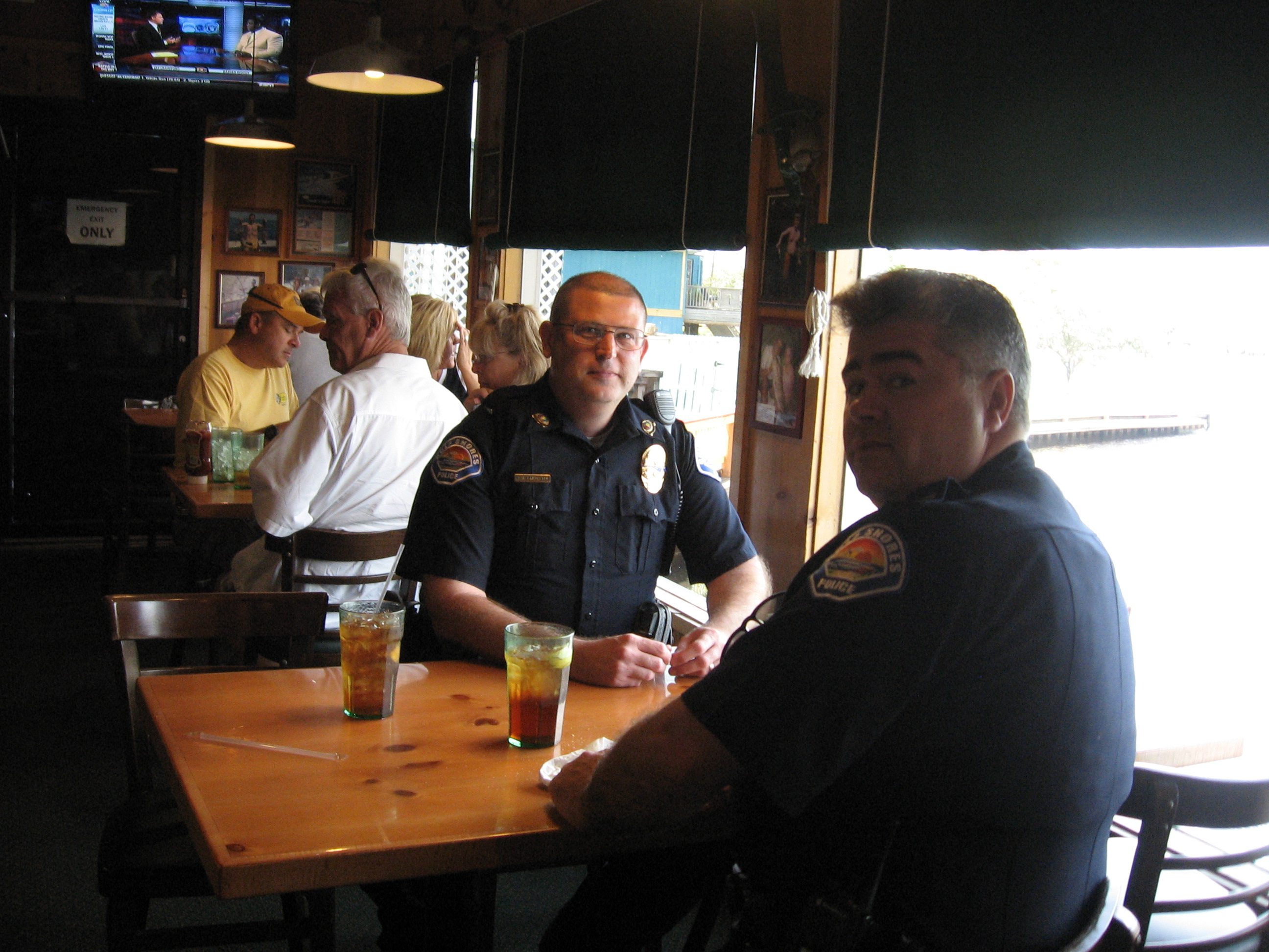 two policemen eating at Never Forget Lunch