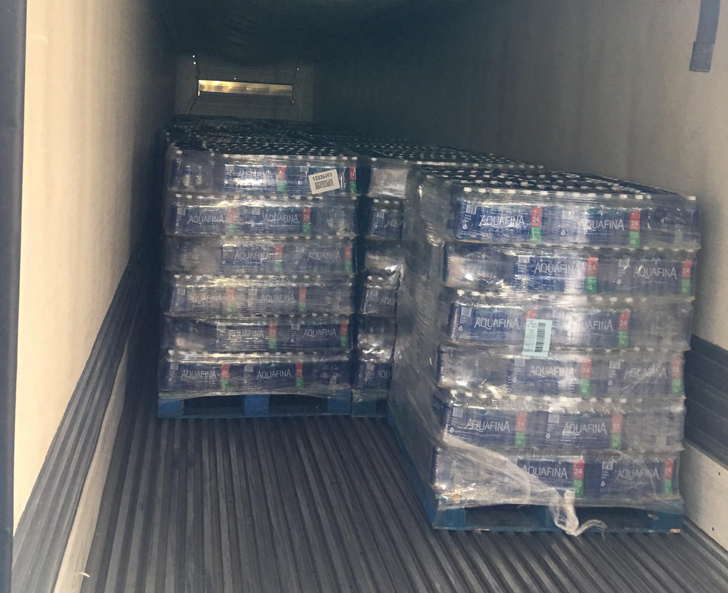 200,00 water bottles