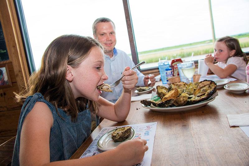Kids eating in the restaurant